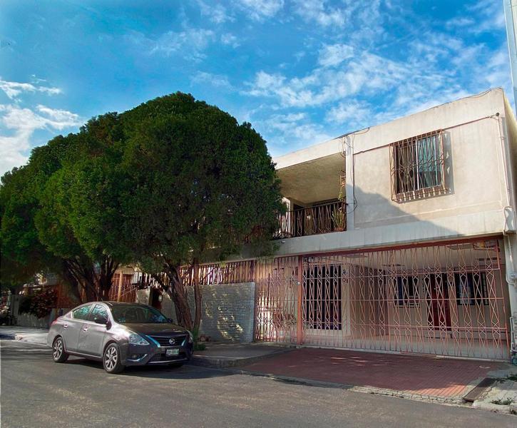 Foto Casa en Renta en  Mitras Sur,  Monterrey  Mitras Sur