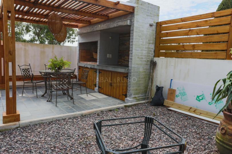 Foto Apartamento en Alquiler en  Punta Gorda ,  Montevideo  1 dorm, patio, parrillero, garaje