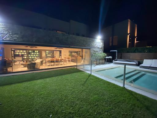 Foto Casa en Venta en  Adrogue,  Almirante Brown  Gral. M. Soler 200 Adrogue Chico