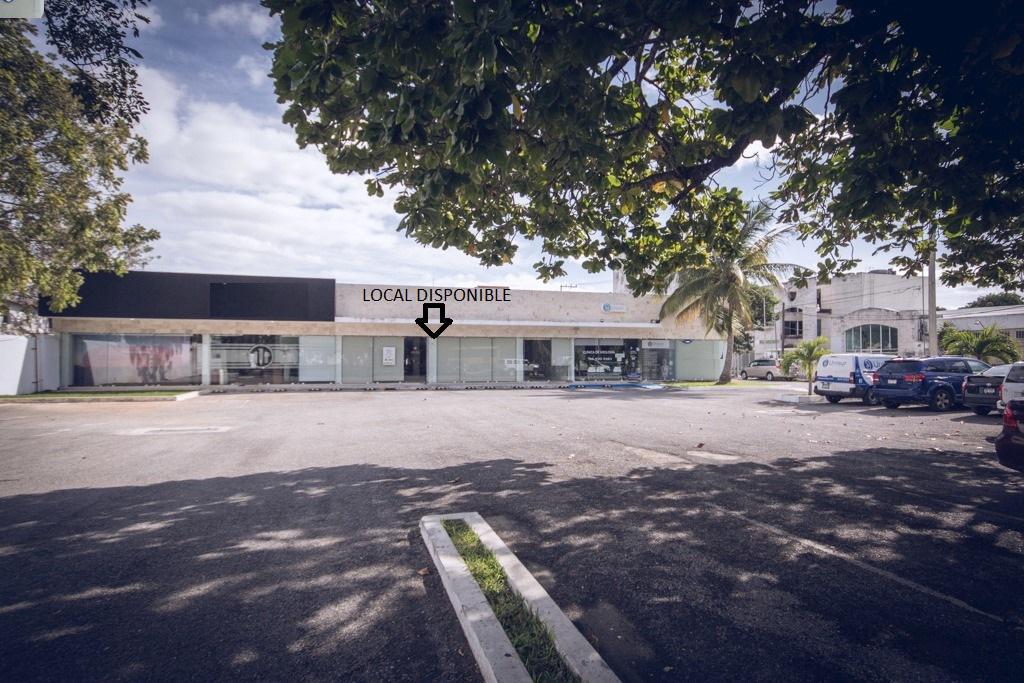Foto Local en Renta en  Buenavista,  Mérida  Local sobre calle 60 norte a 100 mts de circuito colonias, 280 m², ideal oficinas, local comercial, clínica, laboratorios, amplio estacionamiento.