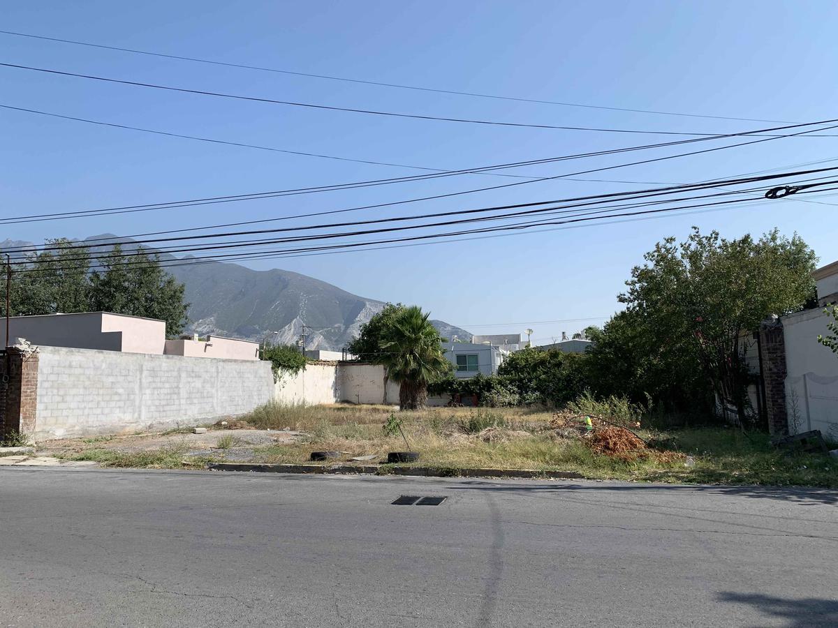 Foto Terreno en Venta en  Del Valle,  San Pedro Garza Garcia  Zona Del Valle