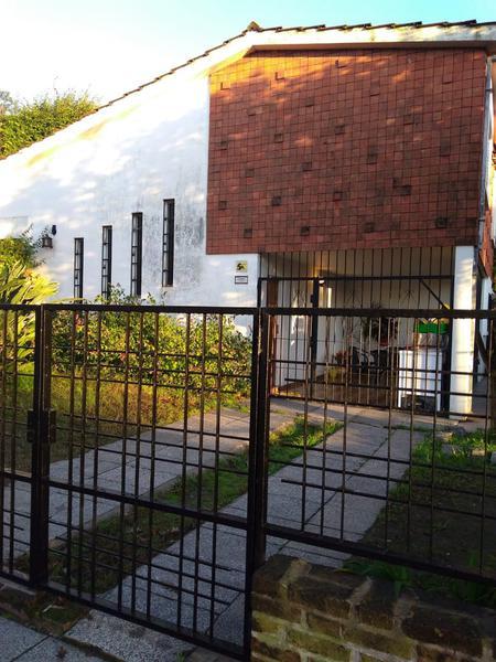 Foto Casa en Venta en  San Miguel,  San Miguel  GUEMES al 200