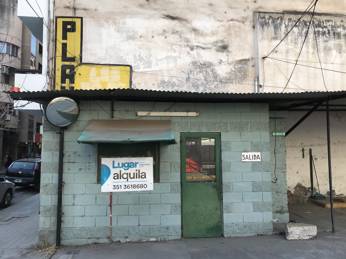 Foto Local en Alquiler en  Centro,  Cordoba  Dean Funes al 600