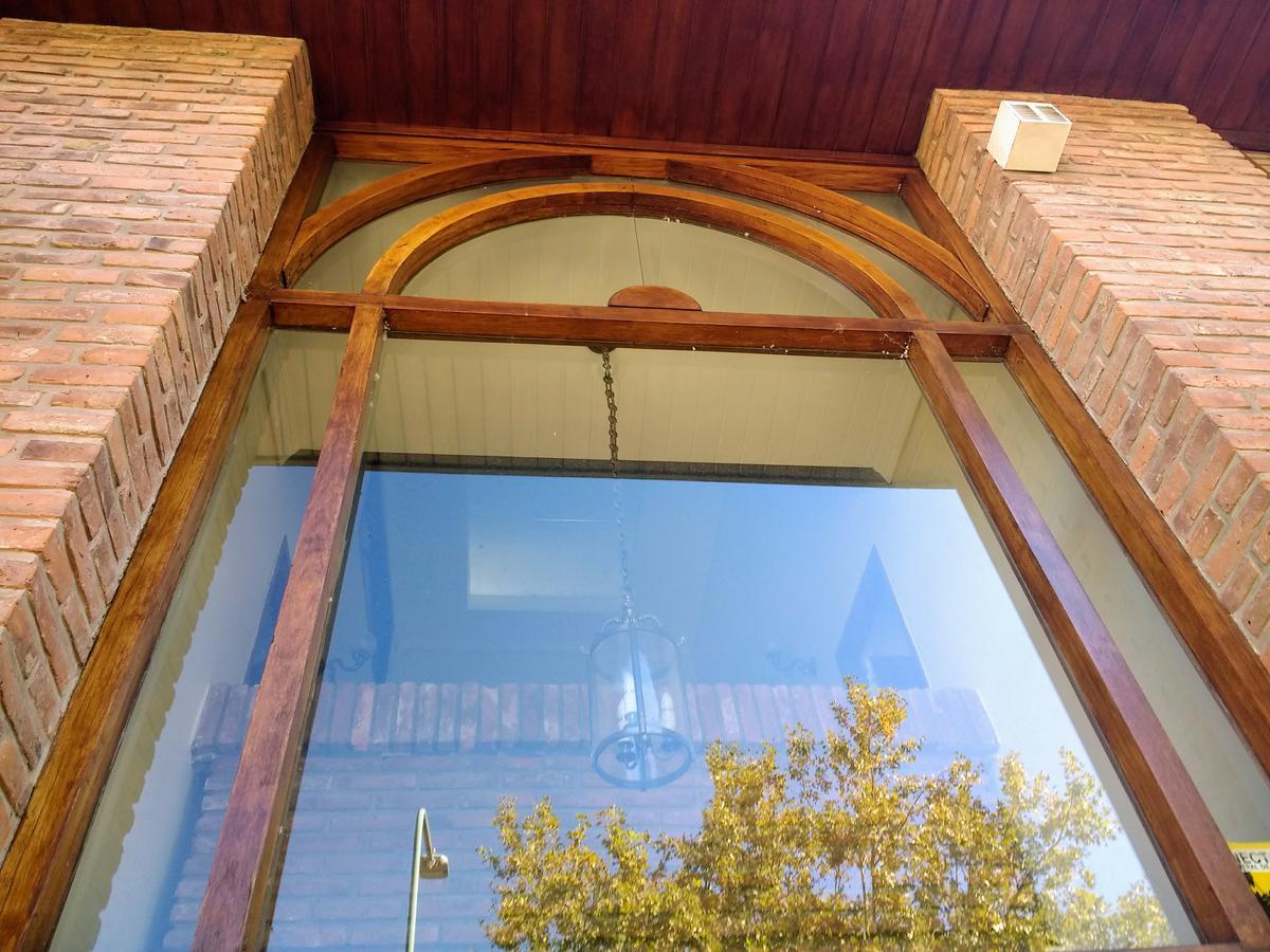 Foto Casa en Venta en  Barrio Vicente López,  Vicente López  Madero al 600