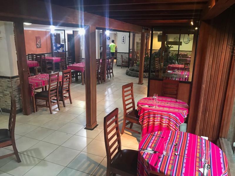 Foto Local en Venta | Alquiler en  Centro Norte,  Quito  La Mariscal, amplio Local Comercial, ideal para restaurante