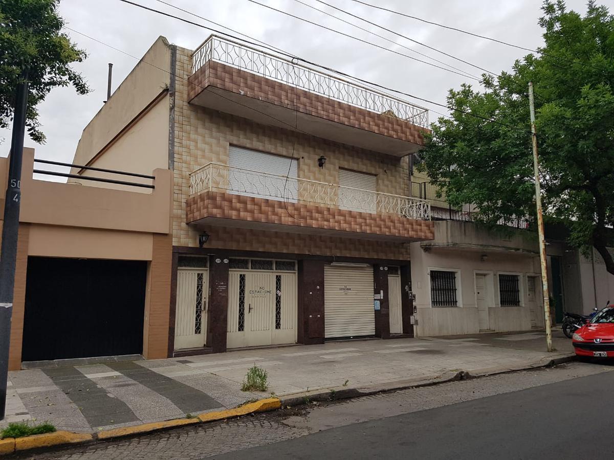 Foto PH en Venta en  Villa del Parque ,  Capital Federal  SANTO TOME  4200