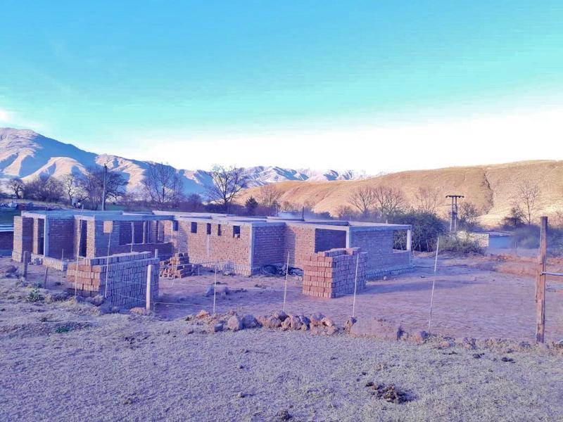 Foto Casa en Venta en  Tafi Del Valle ,  Tucumán  Casa en venta,  en obra - 3 dormitorios 3 baños, lavadero, galería, garage. El Rodeo