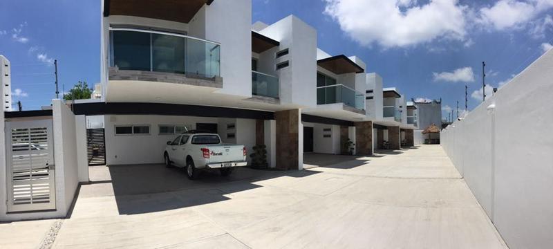 Foto Casa en condominio en Renta en  Jardines de Tuxpan,  Tuxpan  CASA AMUEBLADA NUEVA EN RENTA