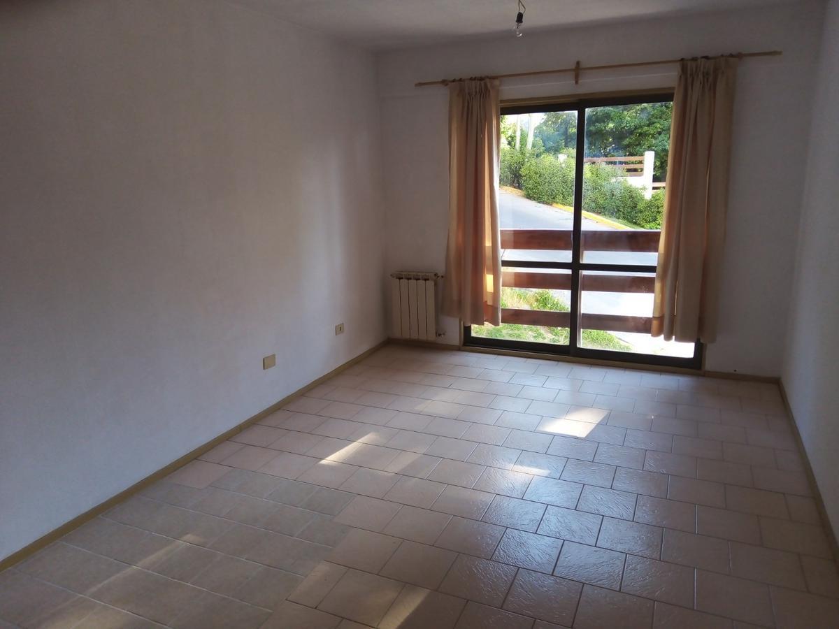 Foto Departamento en Alquiler en  Centro,  San Carlos De Bariloche  John O'Connor 242, 1° A