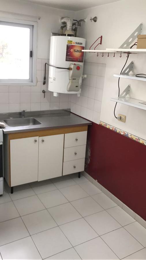 Foto Departamento en Alquiler en  S.Fer.-Vias/Centro,  San Fernando  PERON 1656 5-B