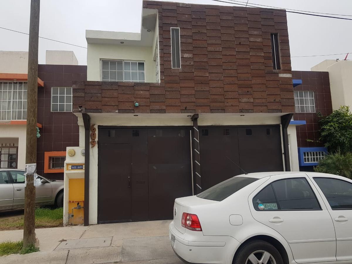 Foto Casa en Renta en  Hacienda de los Morales,  Soledad de Graciano Sánchez  CASA AMUEBLADA EN HACIENDA DE LOS MORALES CARRT. RIO VERDE  FACILES ACCESOS A ZONA INDUSTRIAL