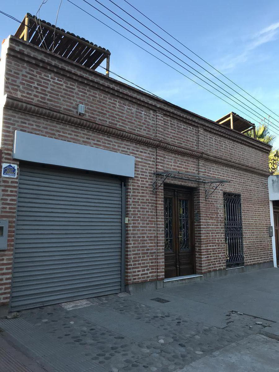 Foto Casa en Venta en  Centro,  Presidencia Roque Saenz Peña  Av Sarmiento Nº 35