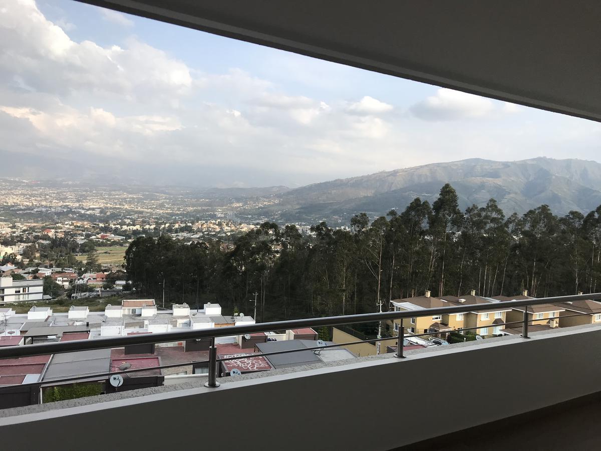 Foto Departamento en Alquiler en  Cumbayá,  Quito  San Juan Alto, Cumbayá