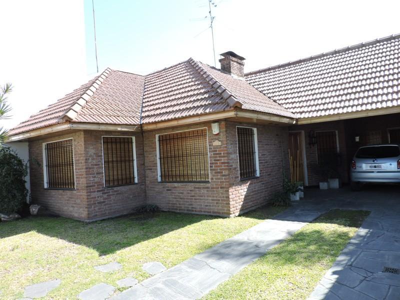 Foto Casa en Venta    en  Lomas de Zamora Oeste,  Lomas De Zamora  RAMÓN FALCÓN al 2100