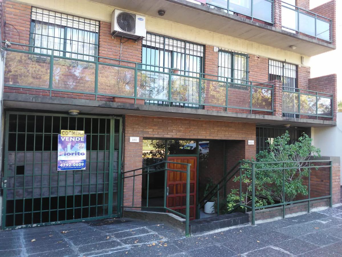 Foto Cochera en Venta en  Acas.-Vias/Santa Fe,  Acassuso  AV. SANTA FE al 500