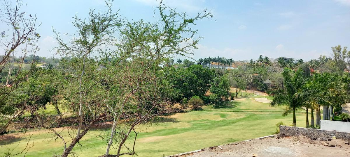 Foto Terreno en Venta en  Club de Golf Santa Fe,  Xochitepec  Venta Terreno frente al green Club de Golf Santa Fe M15 L5