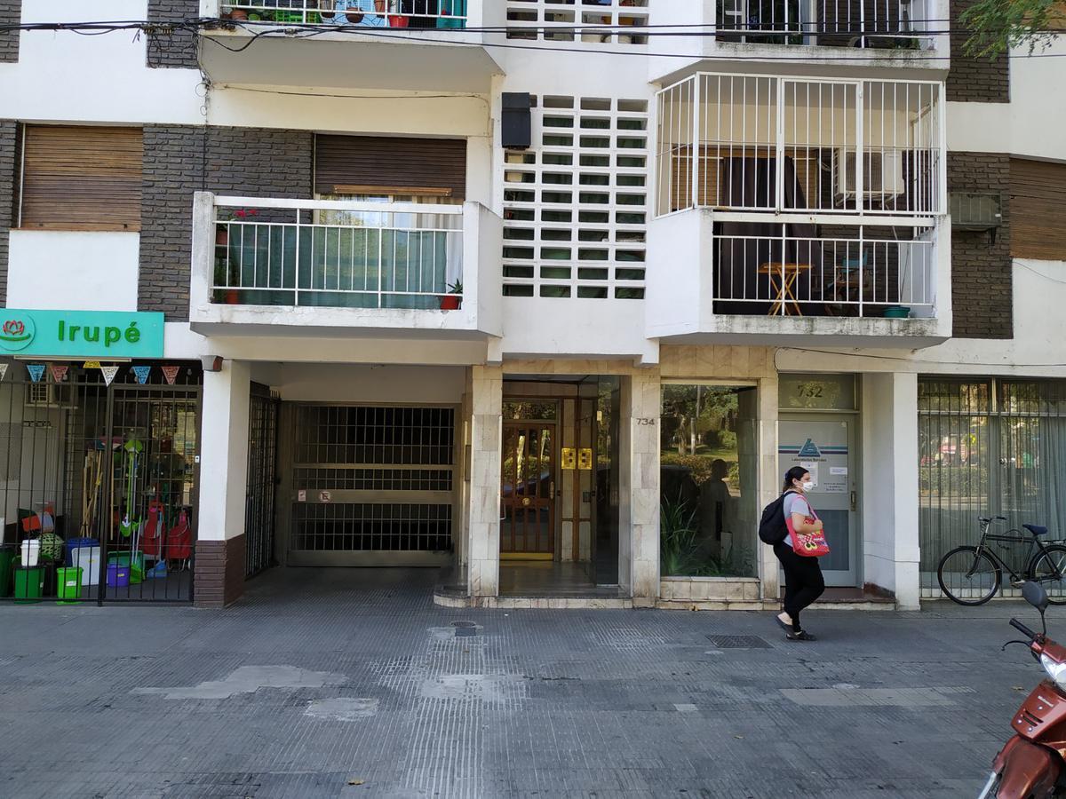 Foto Departamento en Venta en  Rosario ,  Santa Fe  Pellegrini al 700