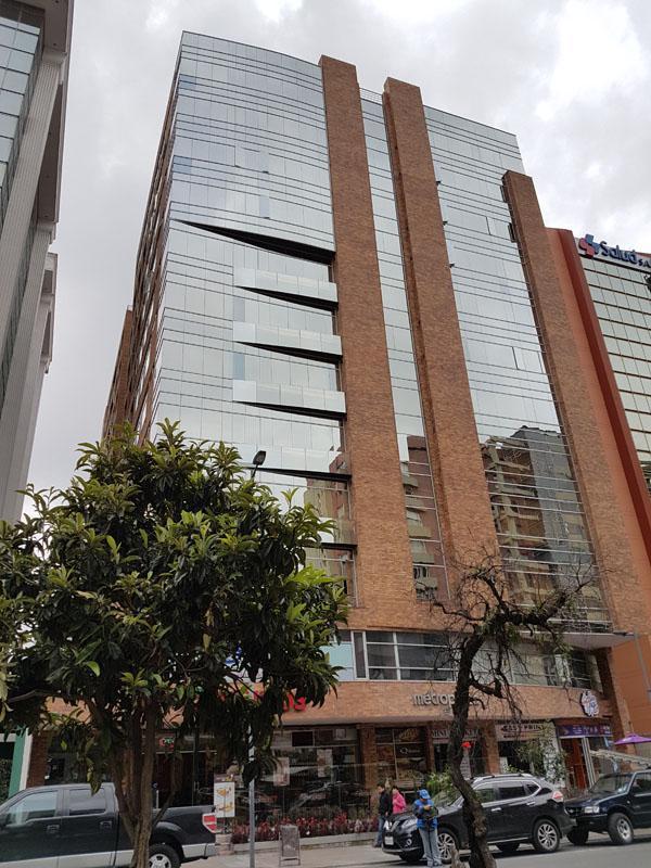 Foto Local en Venta en  La Carolina,  Quito  Rep Salvador