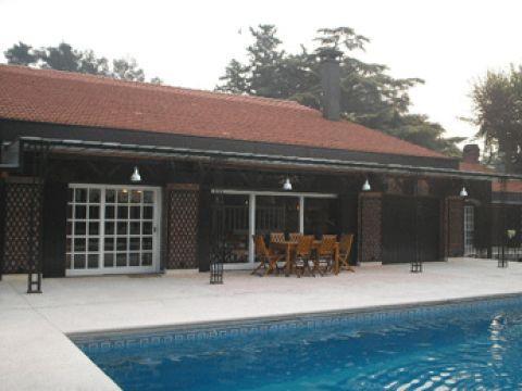 Foto Casa en Venta en  Barrio Parque Leloir,  Ituzaingo  DE LA HUELLA