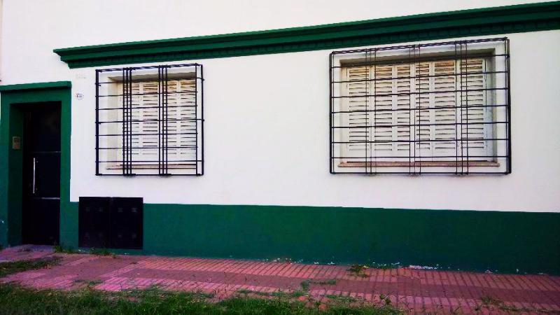 Foto Casa en Venta en  Lanús Este,  Lanús  Suipacha al 1818