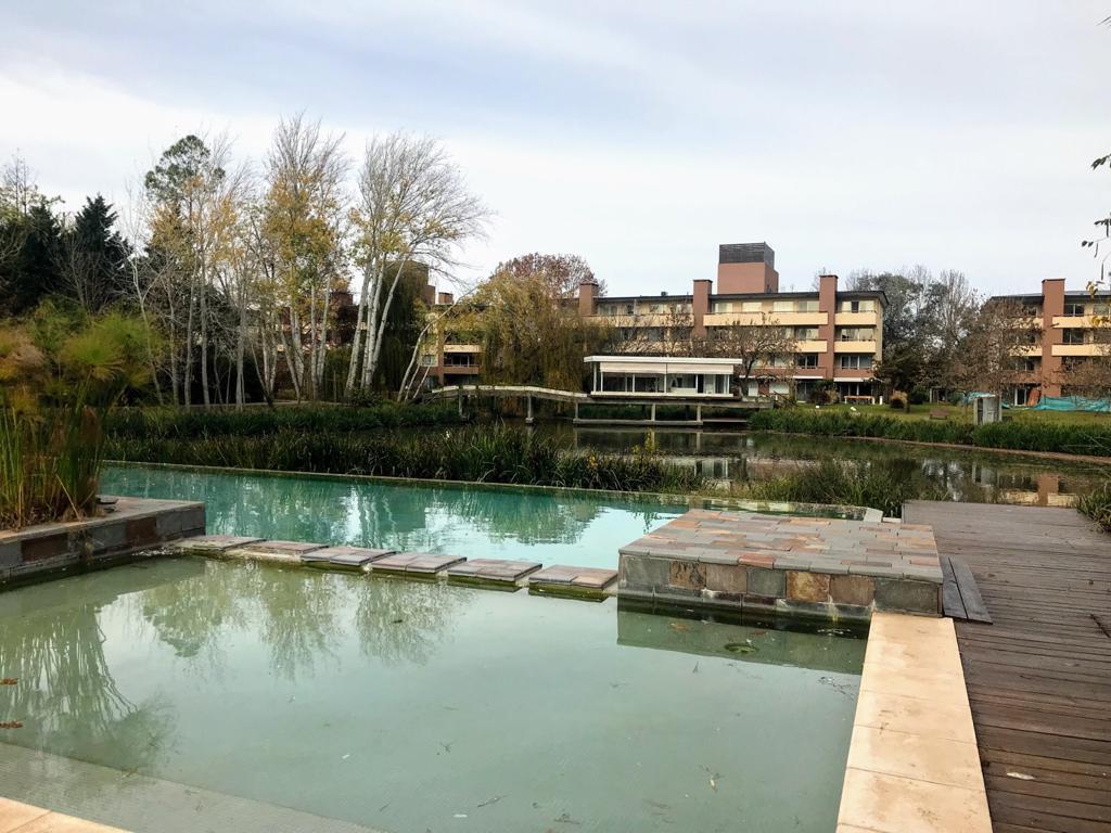 Foto Departamento en Venta en  Villa del Lago,  Countries/B.Cerrado (Pilar)  Departamento planta baja con jardin propio