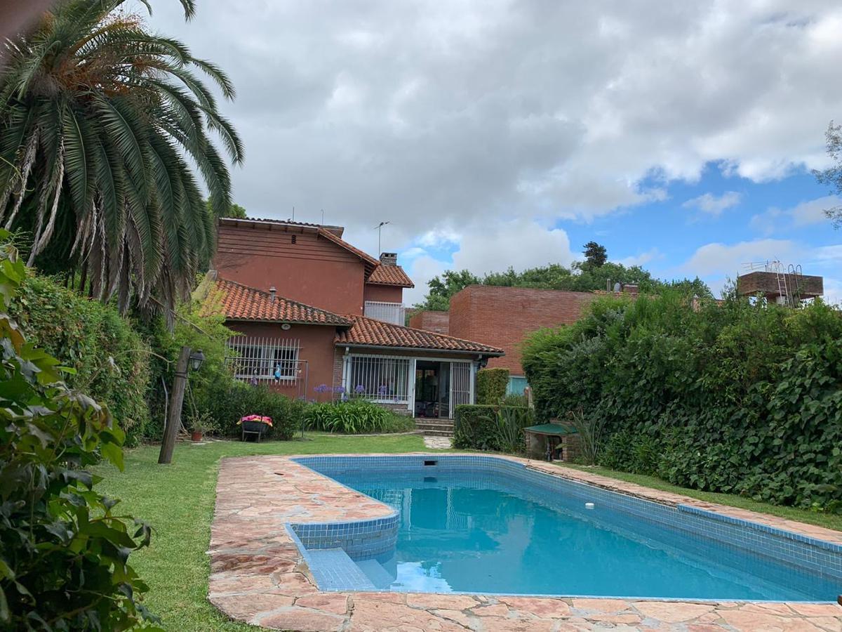 Foto Casa en Venta en  Martinez,  San Isidro  Colón 261