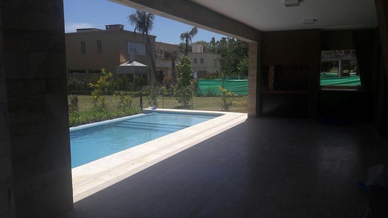 Foto Casa en Venta en  Adrogue,  Almirante Brown  Soler 590 - Brisas de Adrogue L 131