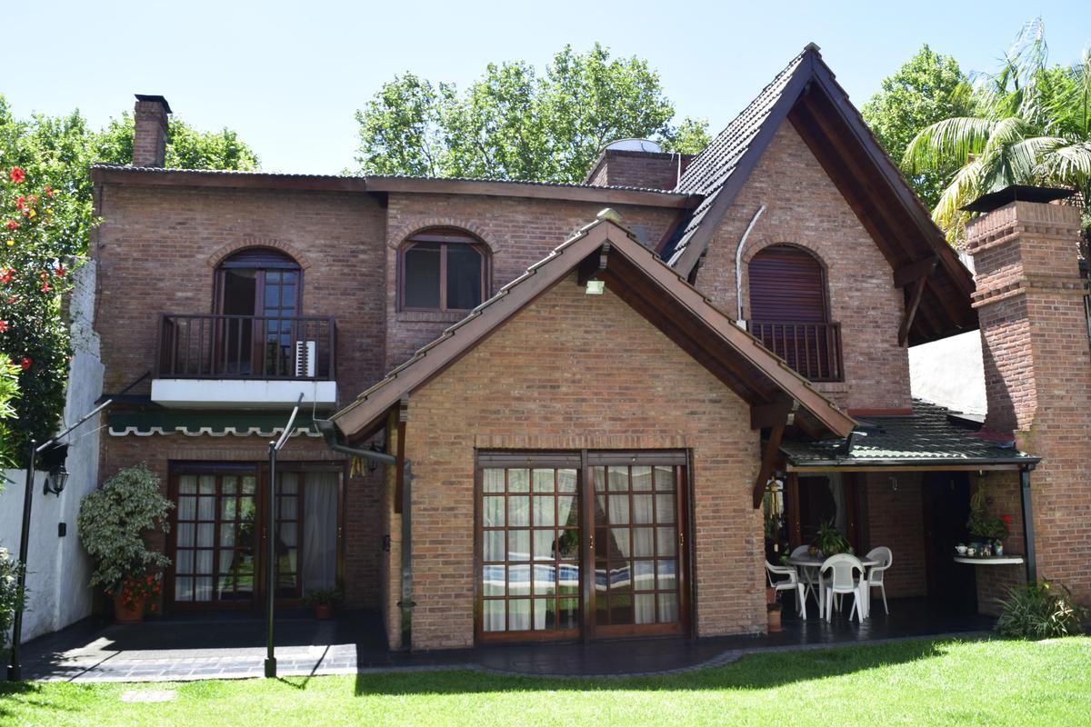 Foto Casa en Venta en  Florida,  Vicente López  Caseros al 1300