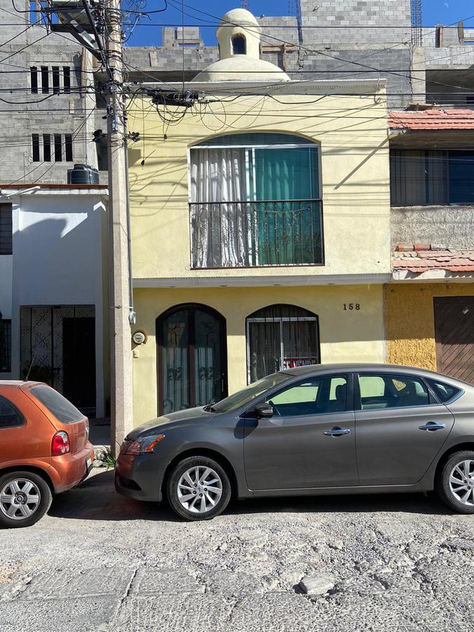 Foto Casa en Venta en  San Luis Potosí ,  San luis Potosí  CASA EN VENTA EN RESIDENCIAL MORALES, SAN LUIS POTOSI