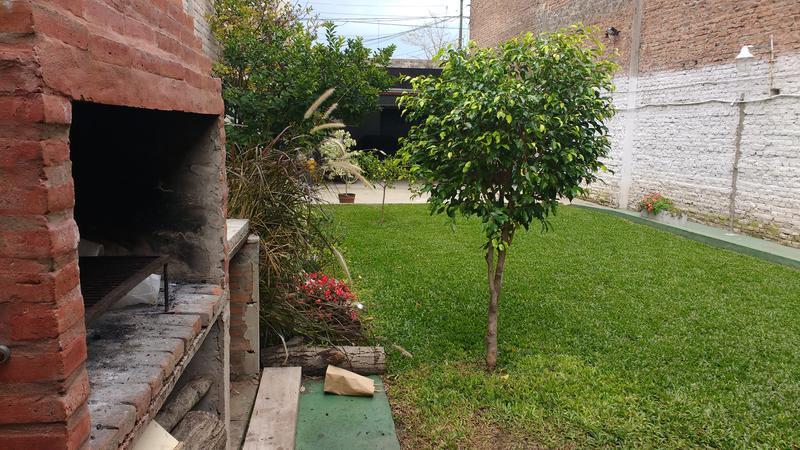 Foto Terreno en Venta en  Valentin Alsina,  Lanús  Paraguay 2400