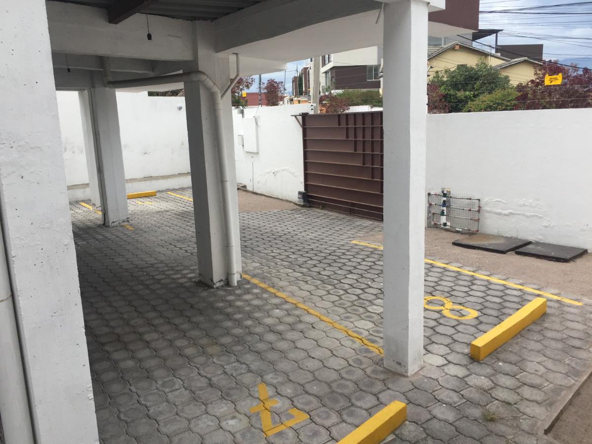 Foto Departamento en Venta en  Cumbayá,  Quito  La Primavera 2
