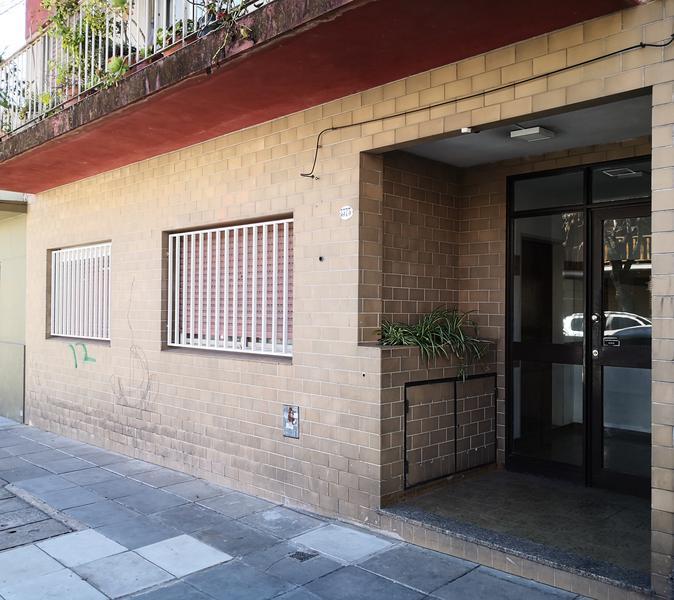 Foto Departamento en Venta en  Coghlan ,  Capital Federal      Conde 3375 - PB 2