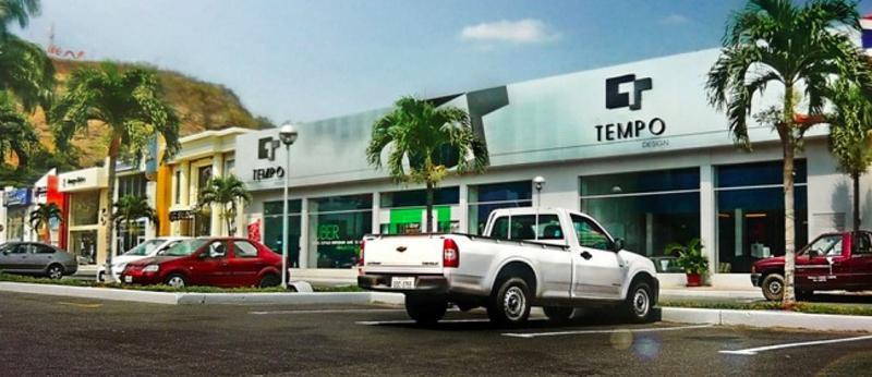 Foto Local en Venta en  Norte de Guayaquil,  Guayaquil  Local Comercial en Aventura Plaza norte de Guayaquil 400m2