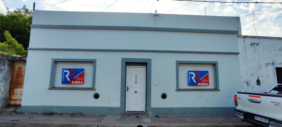 Foto Casa en Alquiler en  Gualeguaychu ,  Entre Rios  San José al 200