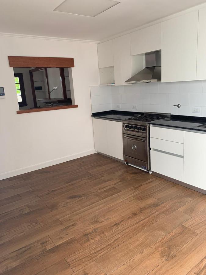 Foto Casa en Venta en  Chauvin,  Mar Del Plata  AZCUENAGA 2100