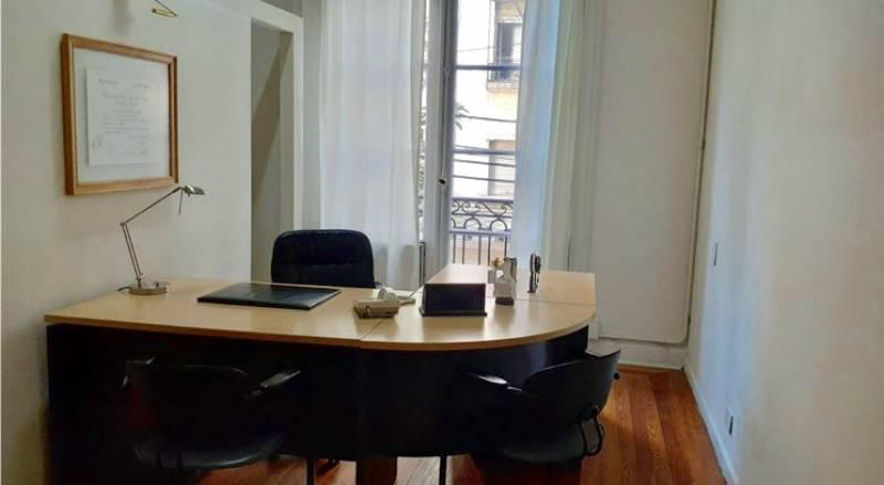 Foto Oficina en Venta en  Recoleta ,  Capital Federal  Arenales esq. Montevideo, 1 Piso