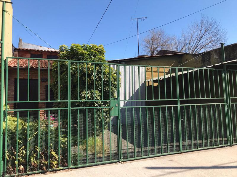 Foto Casa en Venta en  Temperley Este,  Temperley  Zuviria al 400
