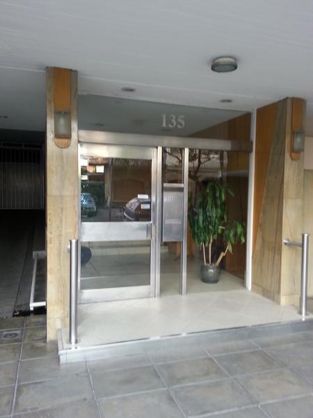 Foto Departamento en Venta en  Lomas de Zamora Oeste,  Lomas De Zamora  Loria 135 7° H - **Apto Credito**