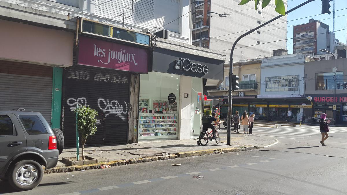 Foto Local en Alquiler en  Belgrano ,  Capital Federal  Olazabal al 2400
