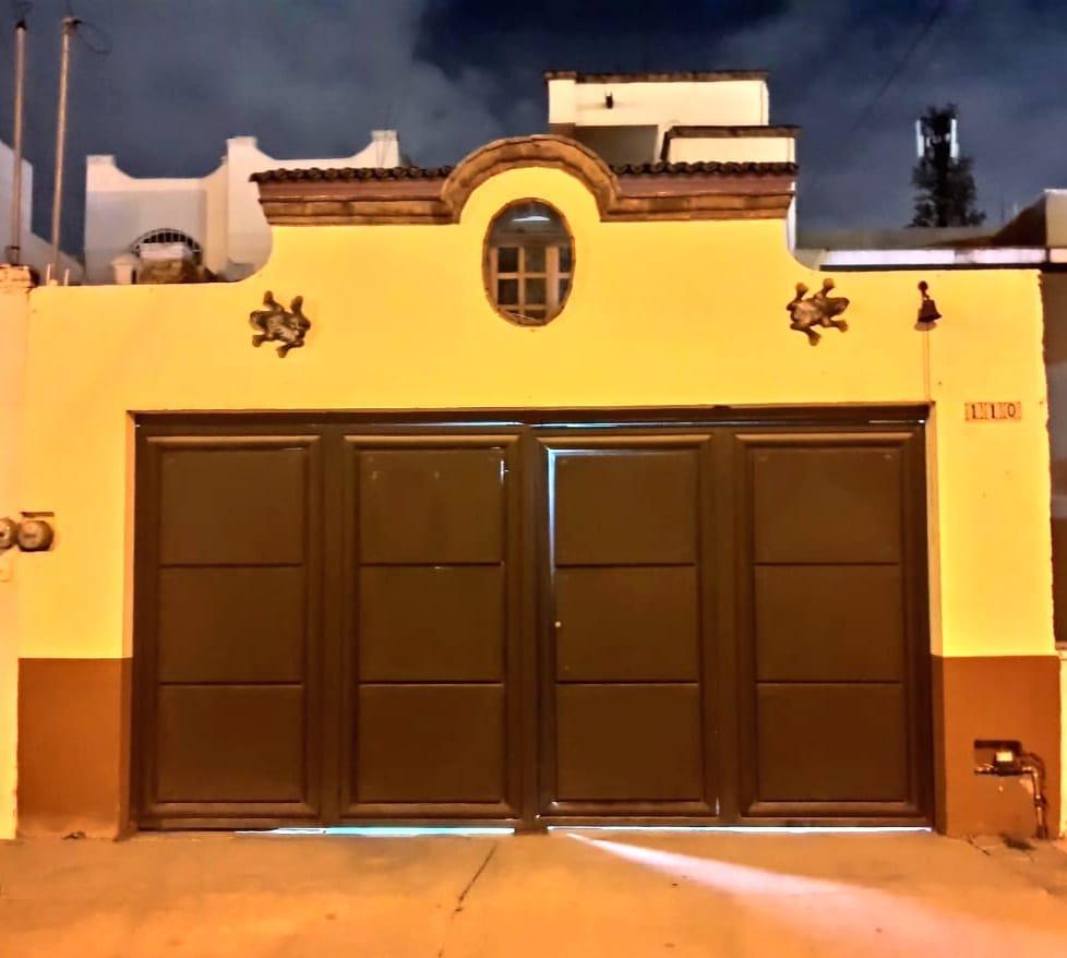 Foto Casa en Venta en  León ,  Guanajuato  Casa en condominio en venta en Misión de La Luz / León (Guanajuato).
