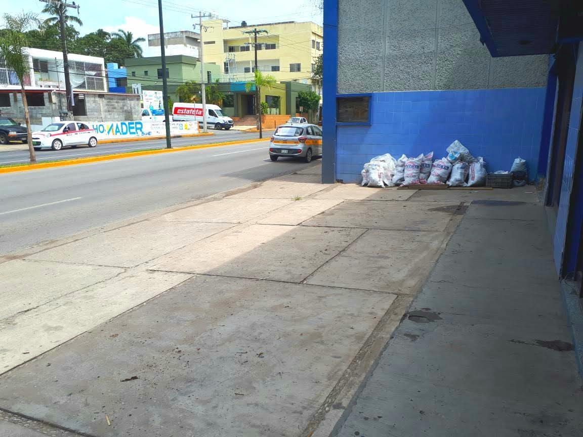 Foto Local en Renta en  Aurora,  Tampico  Avenida Hidalgo al 1700