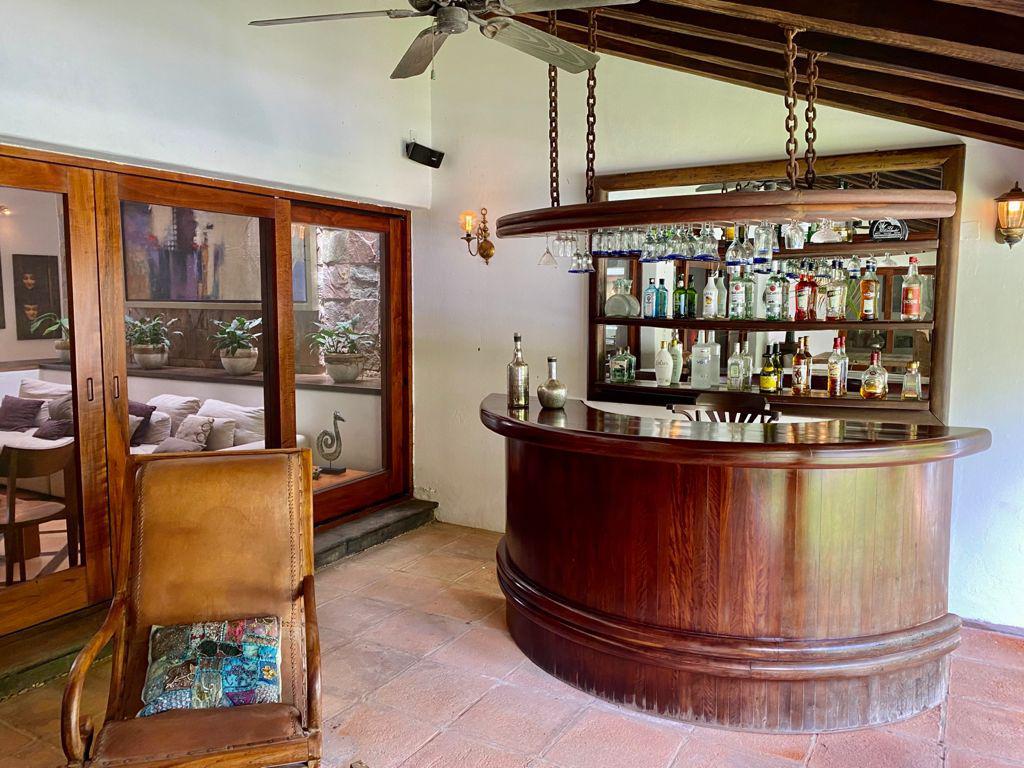 Foto Casa en Venta en  Álamos I,  Cancún  Casa en Venta - Residencia Tipo Mediterráneo con Alberca y Amplio Jardin Ideal para Air B&B de Lujo en  Alamos Cancun