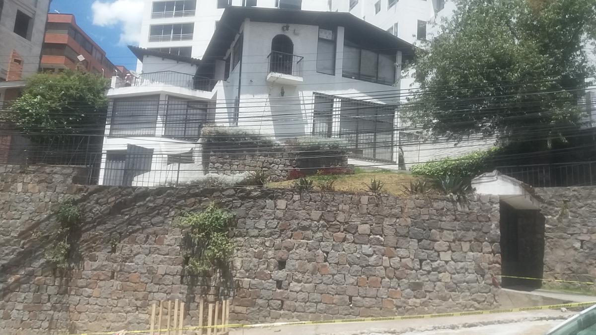 Foto Terreno en Venta en  Centro Norte,  Quito      TERRENO /MANUEL BARRETO 580M2 - CONSTRUCCIÓN 350M2/ $377.000