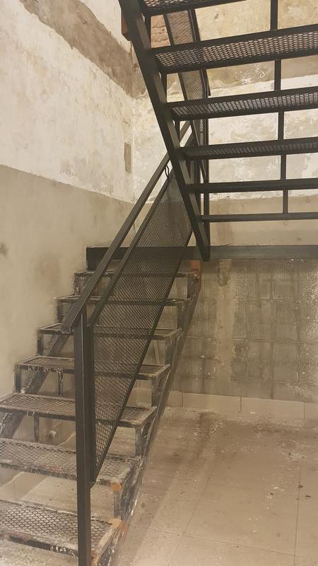 Foto Oficina en Alquiler en  Barrio Norte ,  Capital Federal  Ideal para Deposito!  EXPENSAS e IMPUESTOS INCLUIDOS - av.Cordoba al 2900