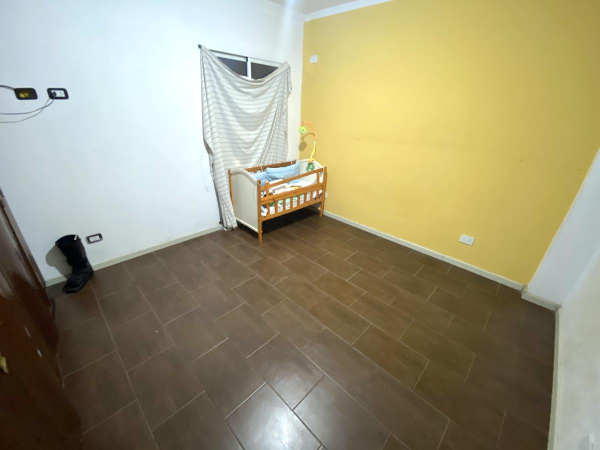 Casa amplia -Terreno de 8,66 de frente - Local al frente- ideal para constructora - Centro