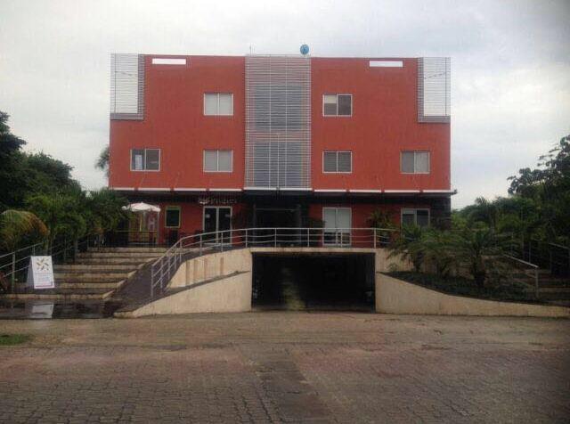 Foto Oficina en Renta en  Solidaridad ,  Quintana Roo  Oficina  Bugamb Playacar en Renta