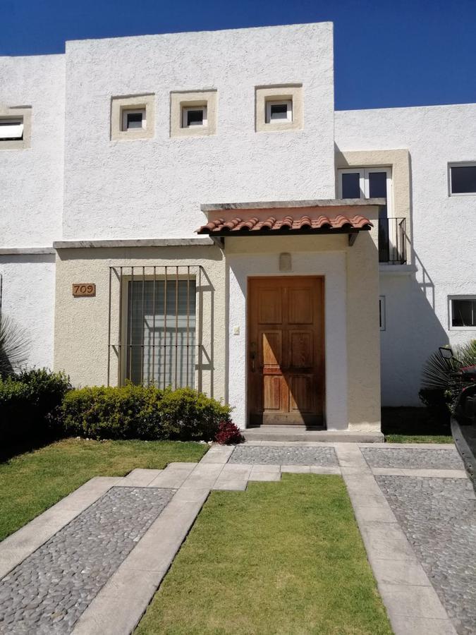 Foto Casa en Venta en  Llano Grande,  Metepec  Residencial El Castaño
