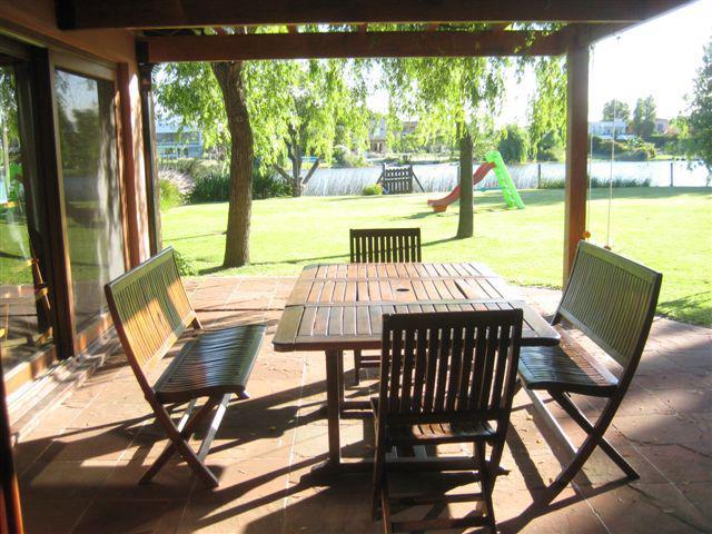 Foto Casa en Alquiler temporario en  Santa Barbara,  Countries/B.Cerrado (Tigre)  Camino Bancalari 3901~ Santa Bárbara