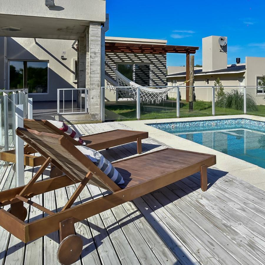 Foto Casa en Alquiler temporario en  Costa Esmeralda,  Punta Medanos  Residencial 528