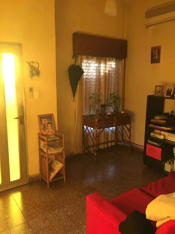 Foto Casa en Venta en  Lanús Oeste,  Lanús  San Vladimiro 5000